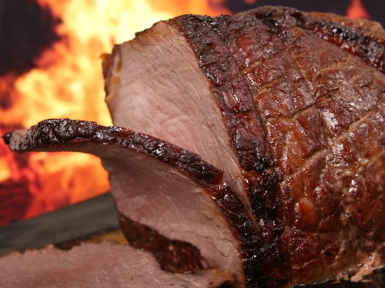 牛肉に含まれる「シスチン」はミノキシジルと併用することで発毛効果をアップ!
